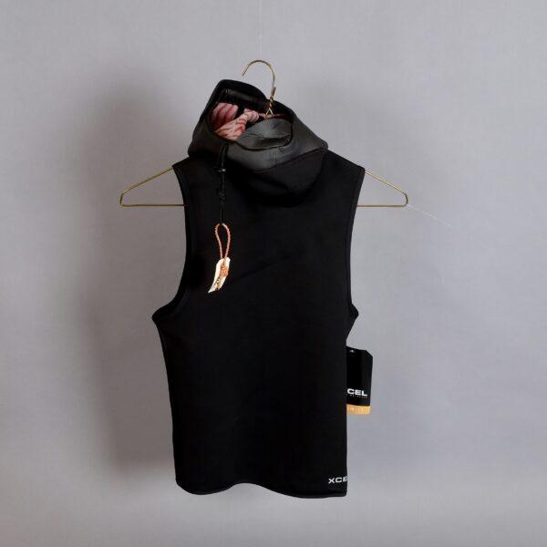 Xcel Hooded West 1mm 3mm hood